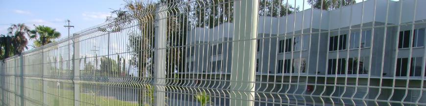 Oferta de mallas para cercos perimetrales, portones y puertas.